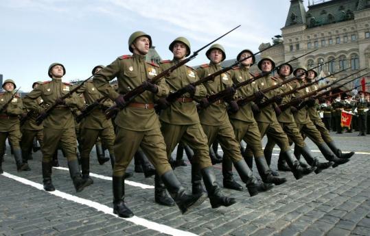 may-day-parade-soviet_1367087047