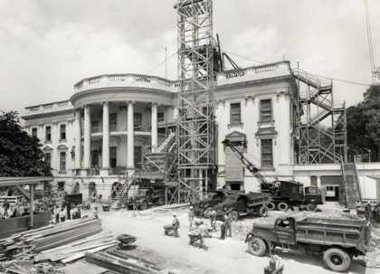 white-house-construction-1950