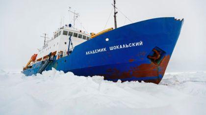 AP_akademik_shokalskiy_ship_jef_131230_16x9_992