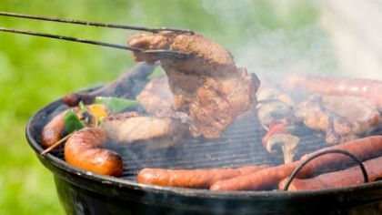Barbecue-Summer-Outside-cooking-meat