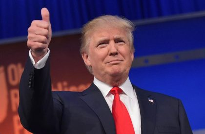 6360155002864306931045846527_483208412-real-estate-tycoon-donald-trump-flashes-the-thumbs-up.jpg.CROP.promo-xlarge2
